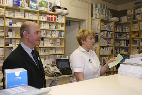 public/blogs/pharmacist-drugs-prescription-pharmacy-chemist-scr.jpg